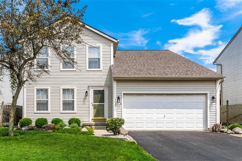 Photo of 4030 Walnut Crossing Drive, Groveport, OH 43125 (MLS # 221027808)