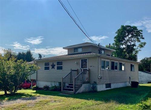 Photo of 238 Seymour Avenue, Buckeye Lake, OH 43008 (MLS # 220033815)