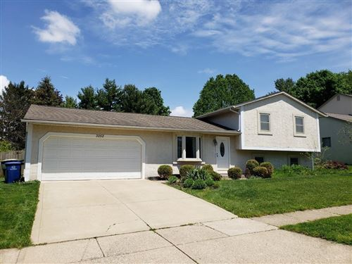 Photo of 3252 Middleboro Way, Dublin, OH 43017 (MLS # 220016824)