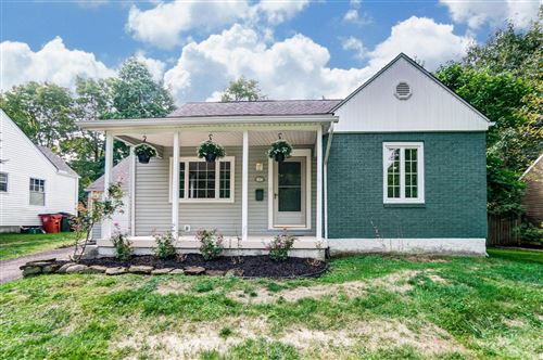 Photo of 117 Sharon Springs Drive, Worthington, OH 43085 (MLS # 220031824)