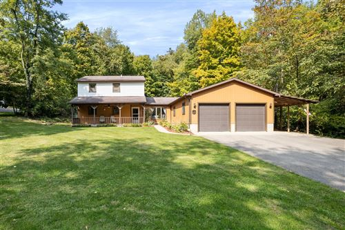 Photo of 4440 Goose Lane Road, Alexandria, OH 43001 (MLS # 220033838)