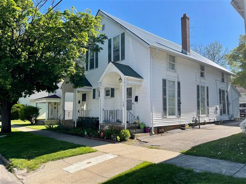 Photo of 724-726 N Maple Street, Lancaster, OH 43130 (MLS # 221015841)