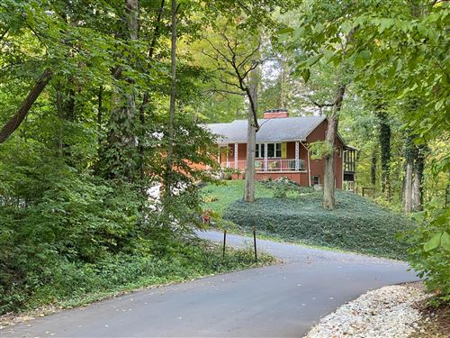 Photo of 301 Greenwood Drive, Galloway, OH 43119 (MLS # 220027847)
