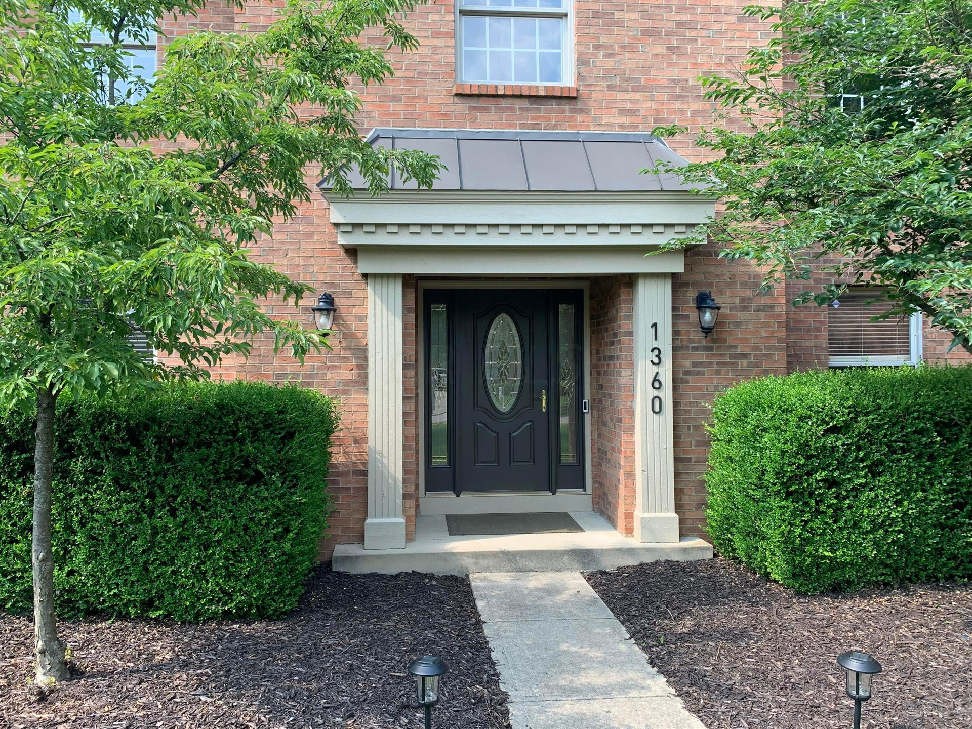 Photo of 1360 Lindenwald Drive, New Albany, OH 43054 (MLS # 221028847)