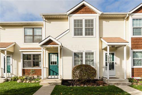 Photo of 7812 Barnsley Lane #25B, Worthington, OH 43085 (MLS # 220037848)