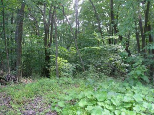 Photo of 1239 Zuni Lane, Sugar Grove, OH 43155 (MLS # 220032849)