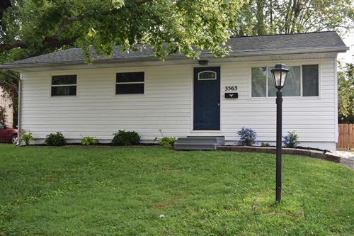 Photo of 3563 Torwood Road, Columbus, OH 43232 (MLS # 220027850)