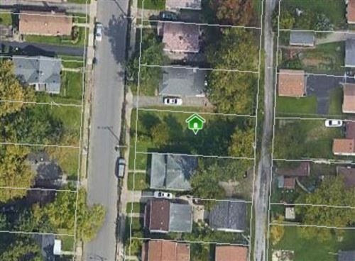 Photo of 2316 Hamilton Avenue, Columbus, OH 43211 (MLS # 220041850)