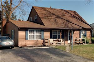 Photo of 174 Lincolnshire Road, Columbus, OH 43230 (MLS # 219034856)