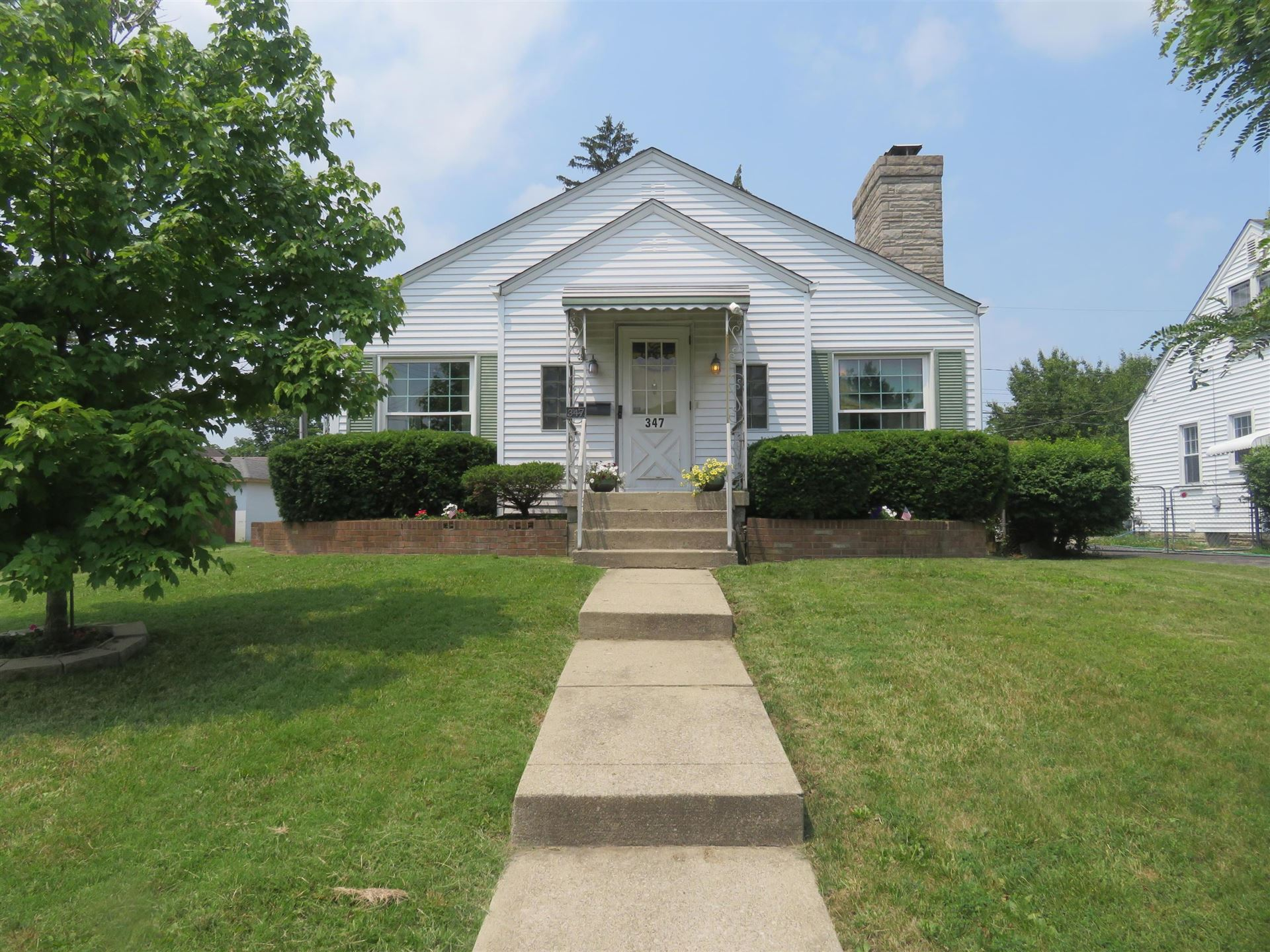 Photo for 347 Letchworth Avenue, Columbus, OH 43204 (MLS # 221020864)