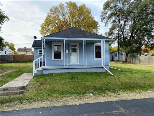 Photo of 23 Cottage Street, Newark, OH 43055 (MLS # 220036865)