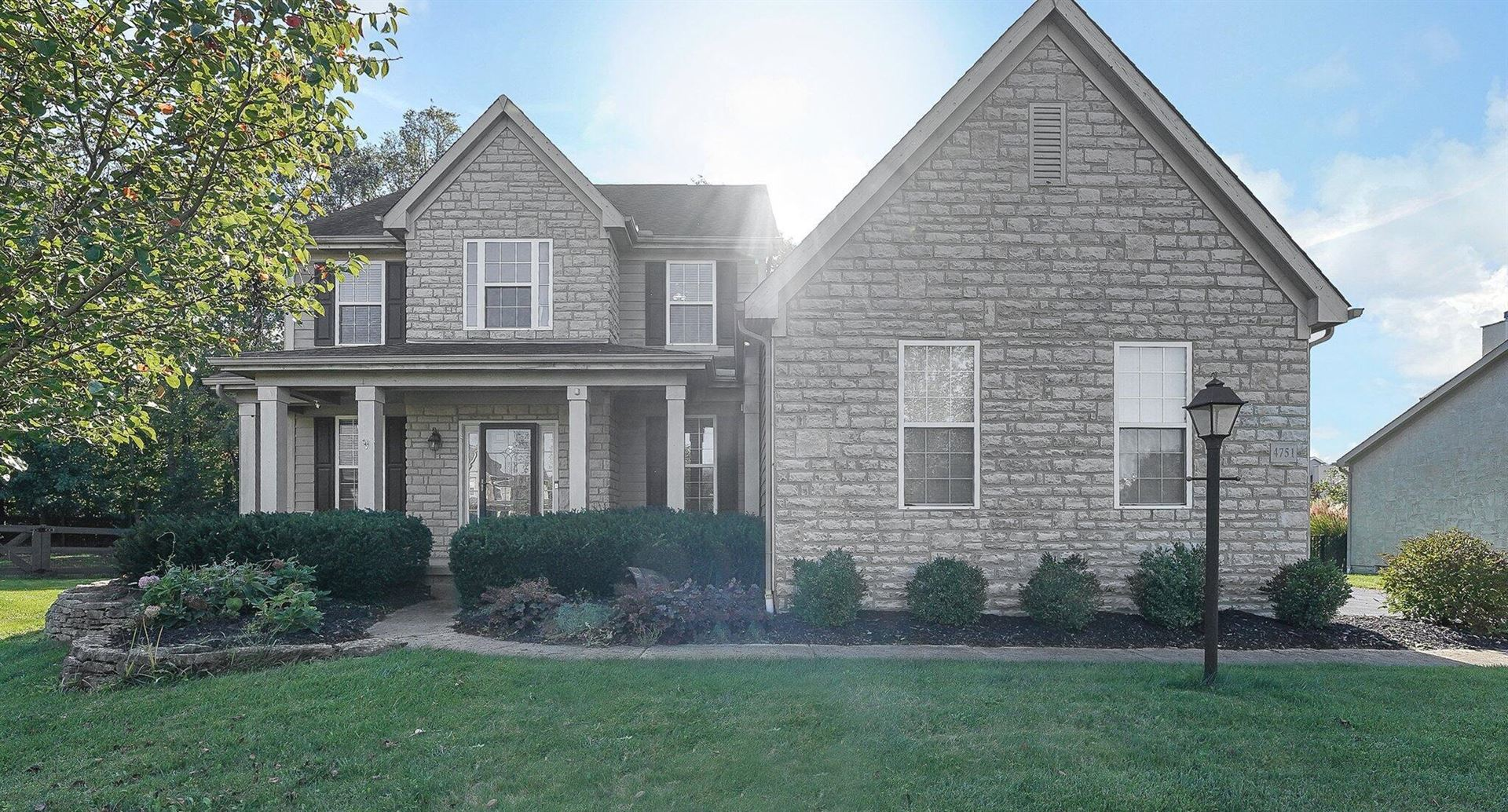 Photo of 4751 Stone View Court, Powell, OH 43065 (MLS # 221040865)