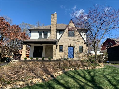 Photo of 64 W Torrence Road, Columbus, OH 43214 (MLS # 221009866)