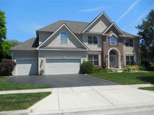Photo of 1084 Crowhurst Drive, Columbus, OH 43235 (MLS # 221021873)