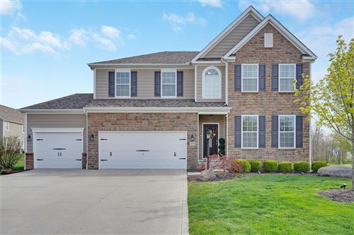 Photo of 1676 Forest View Drive, Pataskala, OH 43062 (MLS # 221011885)