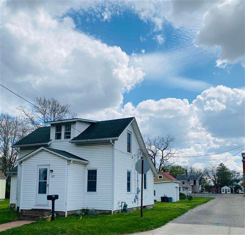 Photo of 527 Elm Street, Groveport, OH 43125 (MLS # 221011888)