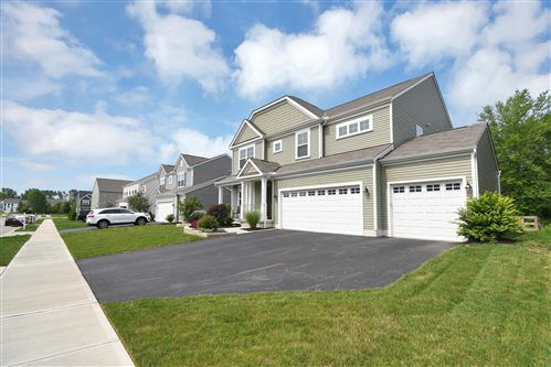Photo of 1415 Morrison Farms East Drive, Blacklick, OH 43004 (MLS # 221026892)
