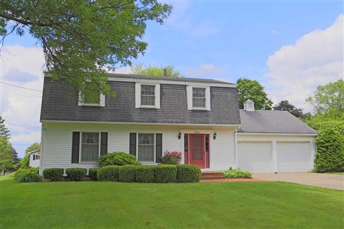 Photo of 945 Everview Drive, Mount Vernon, OH 43050 (MLS # 220018894)