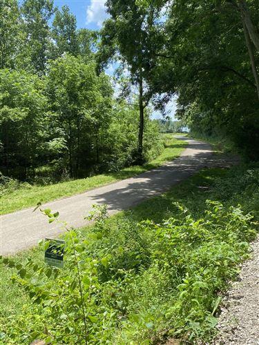 Photo of 0 Avon Place #410, Buckeye Lake, OH 43008 (MLS # 221019901)