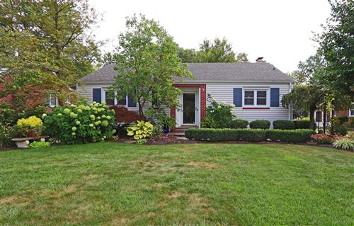 Photo of 419 E Beaumont Road, Columbus, OH 43214 (MLS # 221036903)