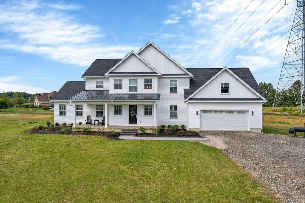 Photo of 3644 Clark Shaw Road, Powell, OH 43065 (MLS # 221039904)