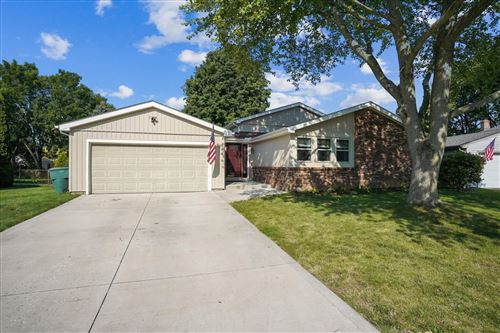 Photo of 6499 Baffin Drive, Dublin, OH 43017 (MLS # 221028906)