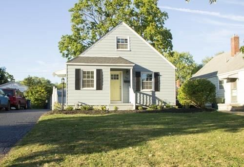 Photo for 588 Chatham Road, Columbus, OH 43214 (MLS # 219037907)