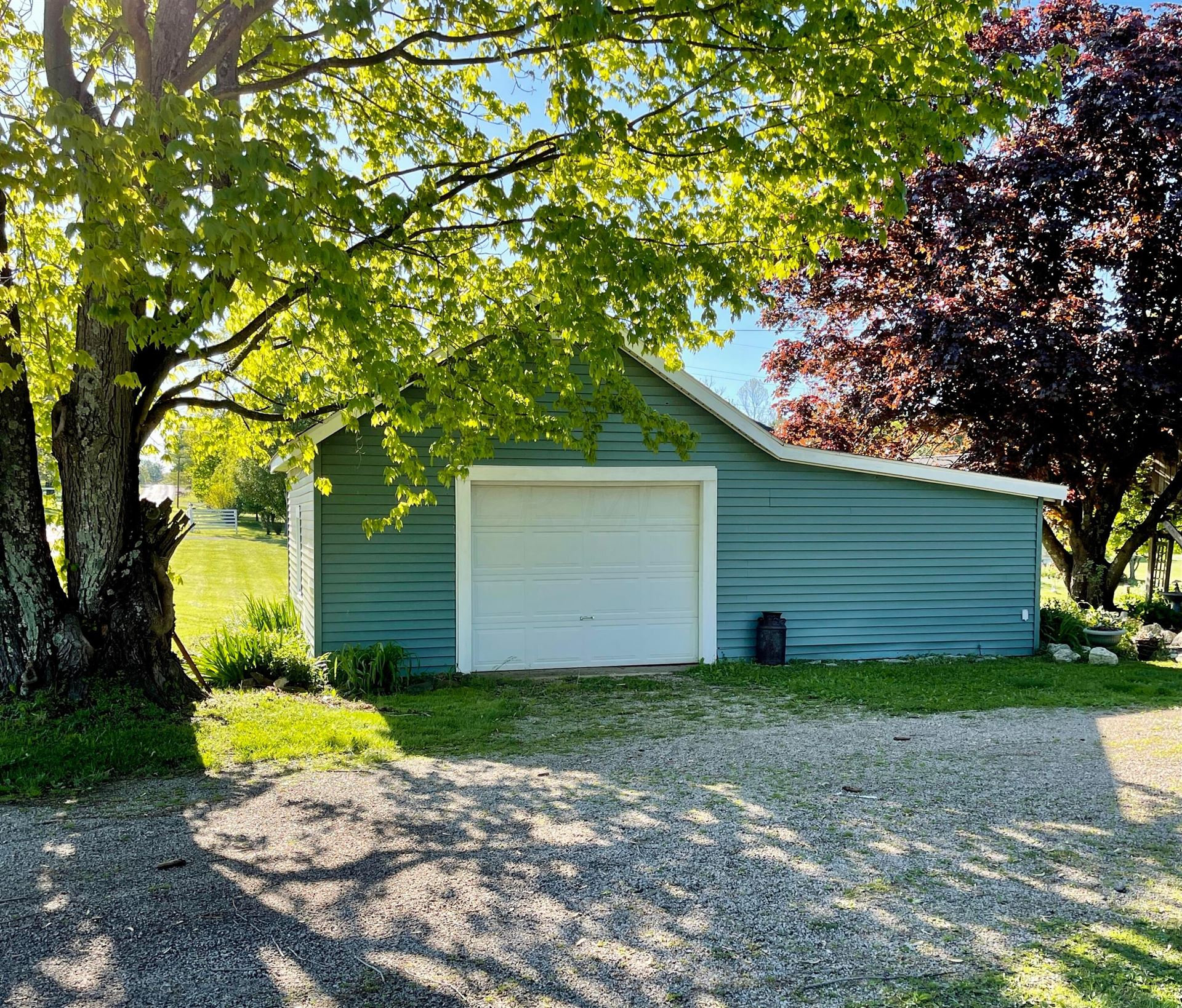 Photo of 6005 Meadowbrook Road, Albany, OH 45710 (MLS # 221015912)