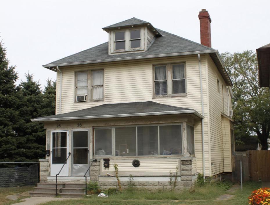 Photo of 28 S Burgess Avenue, Columbus, OH 43204 (MLS # 221015914)