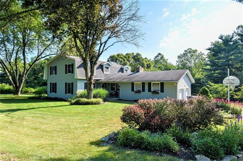 Photo of 277 Mill Race Road, Granville, OH 43023 (MLS # 220022923)