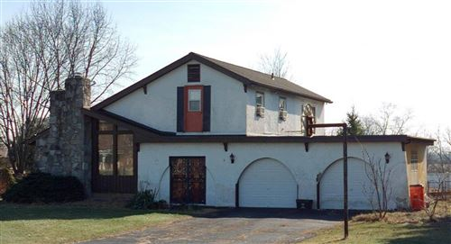 Photo of 1589 Holton Road, Grove City, OH 43123 (MLS # 221027923)