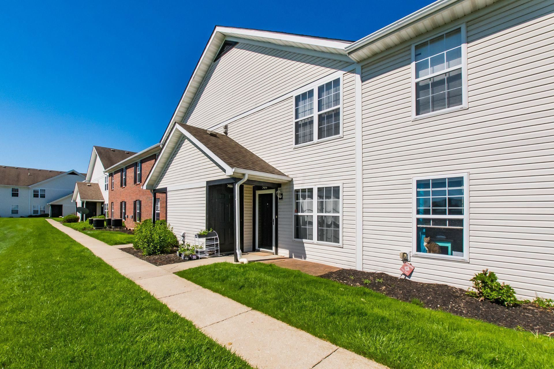 Photo of 5656 Cypress Chase, Columbus, OH 43228 (MLS # 221015927)