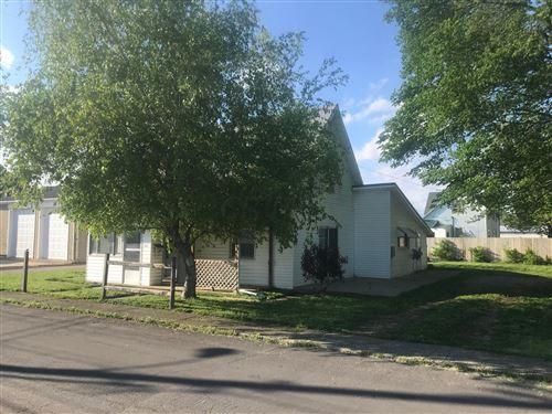 Photo of 220 Barnes Avenue, Circleville, OH 43113 (MLS # 221015931)
