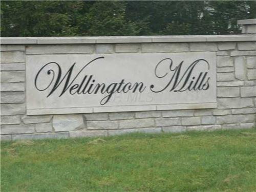 Photo of 124 Cheltenham Drive, Hebron, OH 43025 (MLS # 221005934)