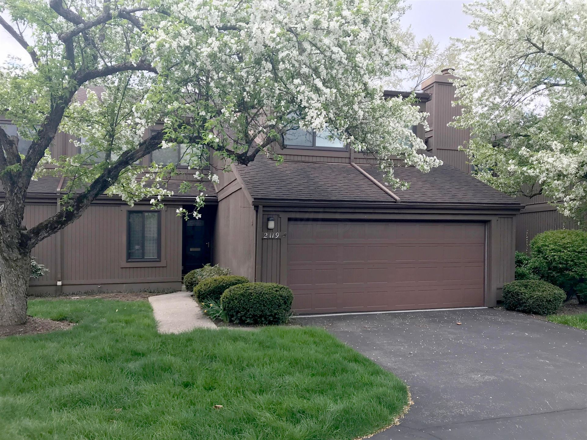 2119 Willowick Drive, Columbus, OH 43229 - #: 221011940