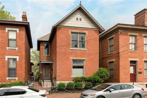 Photo of 118 E Beck Street, Columbus, OH 43206 (MLS # 221010941)