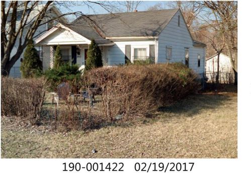 Photo of 2062 Briarwood Avenue, Columbus, OH 43211 (MLS # 221034942)