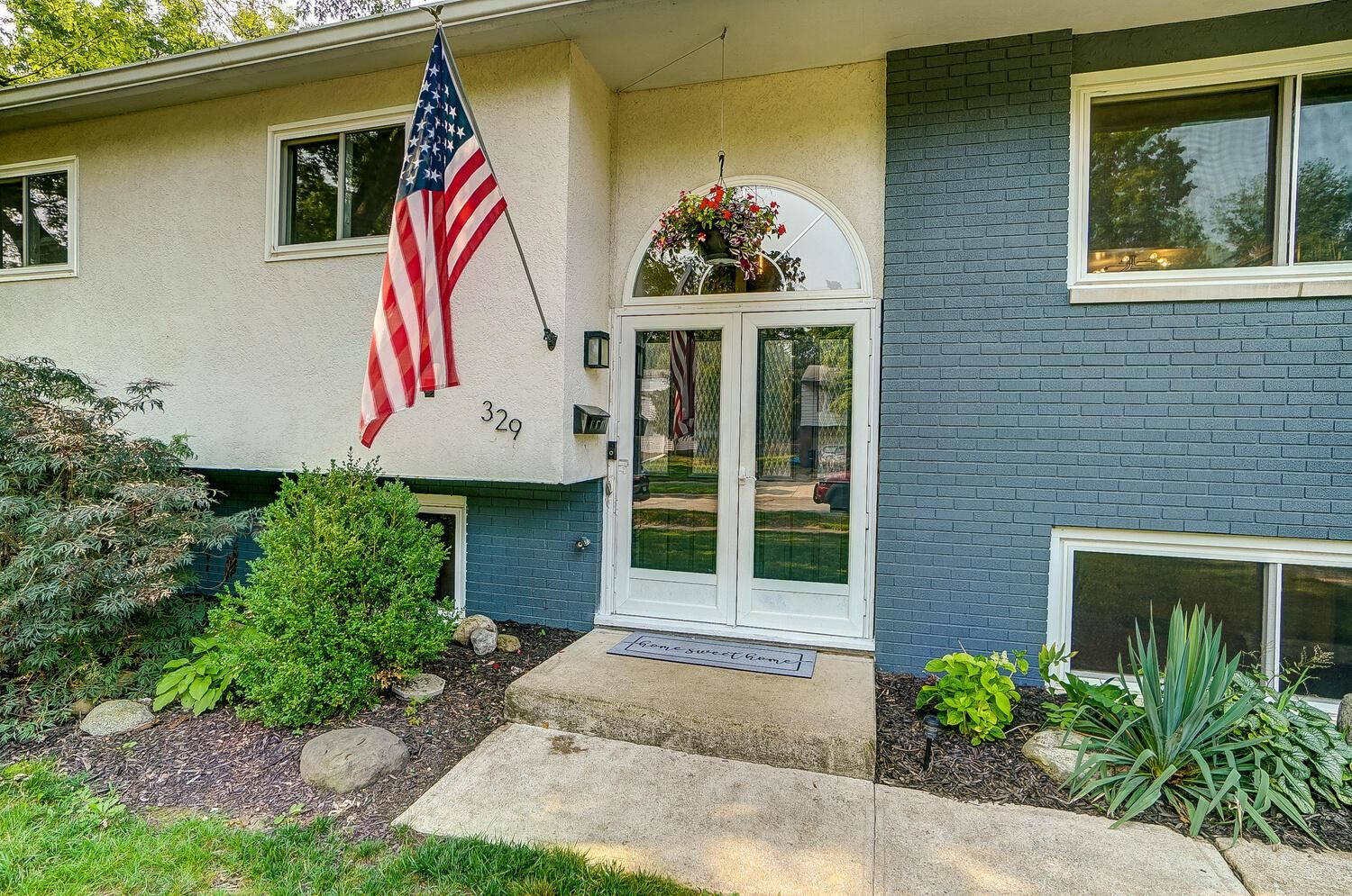 Photo of 329 Oak Hill Drive, Westerville, OH 43081 (MLS # 221028959)