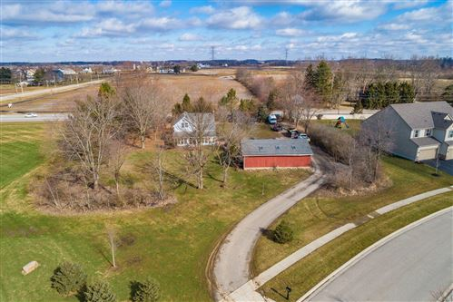 Photo of 4098 Hickory Rock Drive, Powell, OH 43065 (MLS # 221005960)