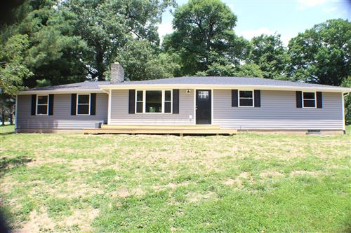 Photo of 14300 Nelson Drive, Mount Vernon, OH 43050 (MLS # 221020963)