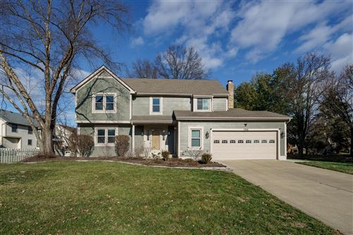 Photo of 196 Ridge Side Drive, Powell, OH 43065 (MLS # 220000964)