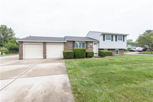 Photo of 5810 Baytree Drive, Galloway, OH 43119 (MLS # 221028967)