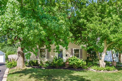 Photo of 278 E Schreyer Place, Columbus, OH 43214 (MLS # 220030972)