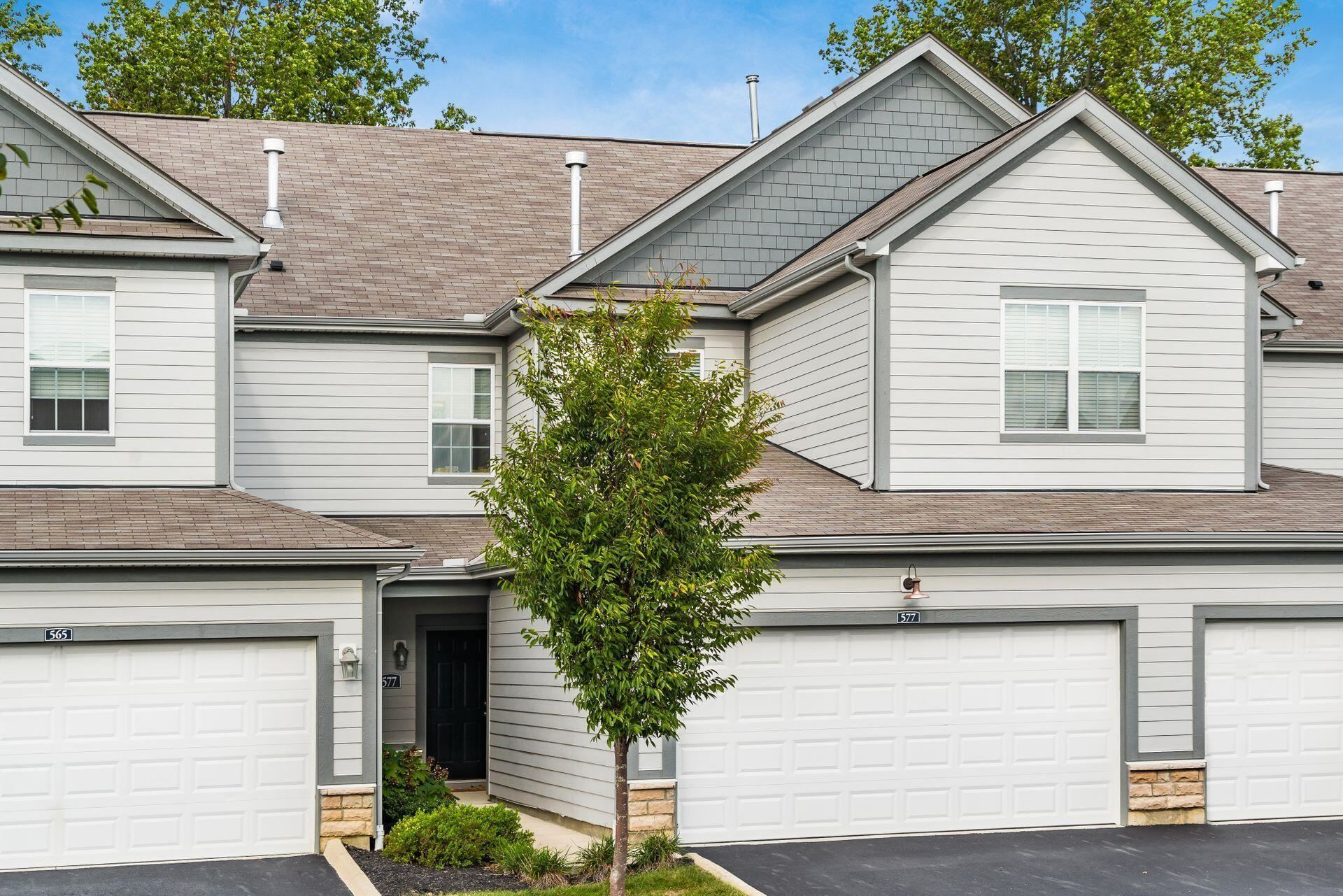 Photo of 577 Wintergreen Way, Lewis Center, OH 43035 (MLS # 221040972)