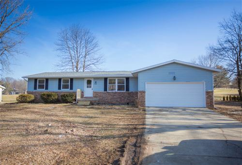Photo of 1028 Forest Hills Road, Heath, OH 43056 (MLS # 219045973)