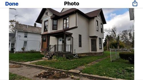 Photo of 144 W Locust Street, Newark, OH 43055 (MLS # 221028973)