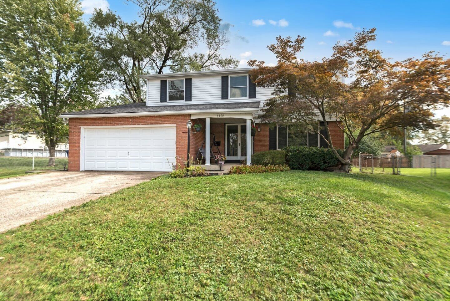 Photo of 6299 Vickers Court, Westerville, OH 43081 (MLS # 221040975)