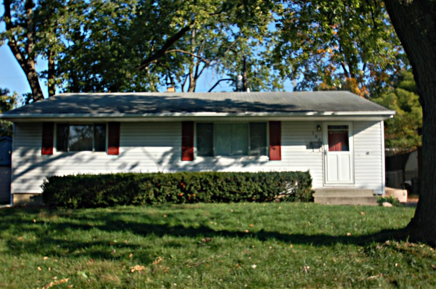 Photo of 196 E Stafford Avenue, Worthington, OH 43085 (MLS # 221031978)