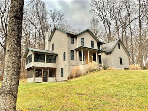 Photo of 306 E Woodside Drive, Gambier, OH 43022 (MLS # 220001980)