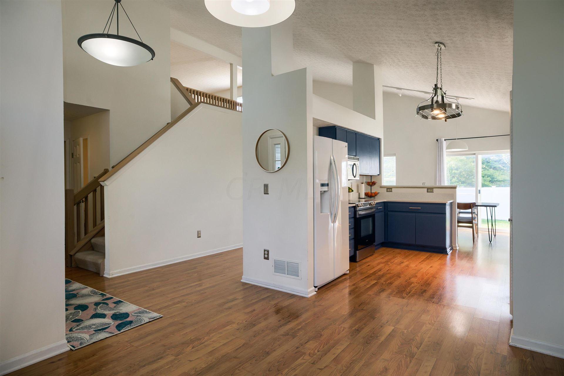 Photo of 7452 Liberton Place, Worthington, OH 43085 (MLS # 221012993)